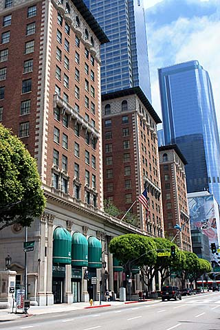 Online Reservations for Millennium Biltmore Hotel in downtown Los Angeles. [Photo Credit: LAtourist.com]
