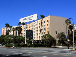 Four Points Sheraton Hotel near Los Angeles International Airport (LAX). Hotel Reservations in Los Angeles, Marina del Rey, Culver City and other areas near LAX. [Photo Credit: LAtourist.com]