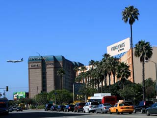 Online Reservations for Hotels near Los Angeles International Airport (LAX). [Photo Credit: LAtourist.com]
