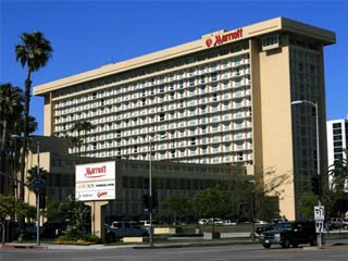 Marriott Hotel near Los Angeles International Airport (LAX). Hotel Reservations in Los Angeles, Marina del Rey, Culver City and other areas near LAX. [Photo Credit: LAtourist.com]