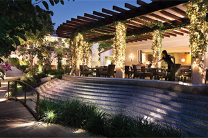 Sunset Marquis Hotel and Villas. Hotel Reservations for 5-star Hotels in Beverly Hills and Los Angeles. [Photo Credit: Sunset Marquis Hotel and Villas]