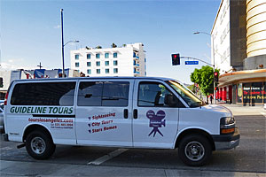 Guideline Tours near LACMA at Museum Row on the Miracle Mile. [Photo Credit: LAtourist.com]