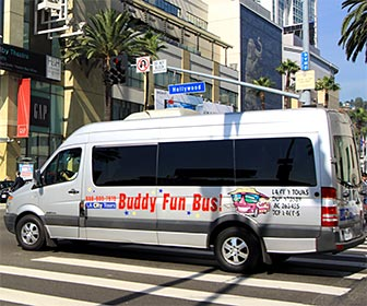 LA City Tour van at the intersection of Hollywood Boulevard and Highland Avenue. [Photo Credit: LAtourist.com]