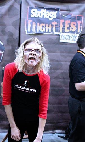 Cast member from Magic Mountain's Scream Team, at the Scare LA Halloween convention. [Photo Credit: LAtourist.com]