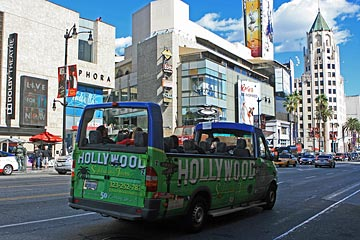 eHollywood Tours on Hollywood Boulevard. [Photo Credit: LAtourist.com]