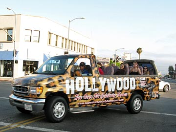 Superstar Celebrity Home Tours in Hollywood. [Photo Credit: LAtourist.com]