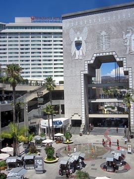 Hollywood and Highland Entertainment Center. [Photo Credit: LAtourist.com]