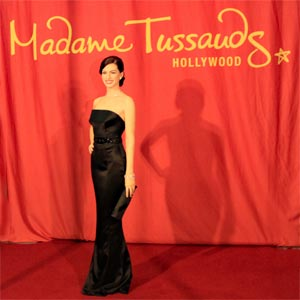 Anne Hathaway Wax Figure at Madame Tussauds. [Photo Credit: LAtourist.com]