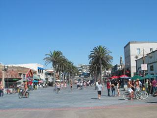 Near Hermosa Beach Pier. [Photo Credit: LAtourist.com]