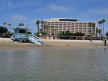 Mothers Beach in Marina Del Rey. The Marriott hotel is in the background. [Photo Credit: LAtourist.com]